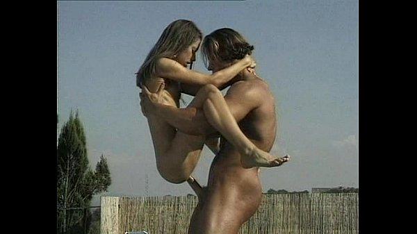 lesbians in scissors position