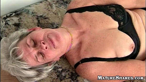 Mature Lady Orgasming While Rubbing Pussy - Xvideoscom-2555
