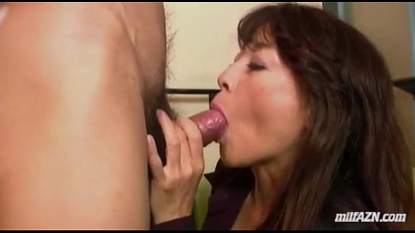 Women giving blowjob mature