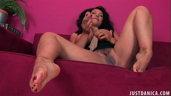 Jennifer tilly masturbate