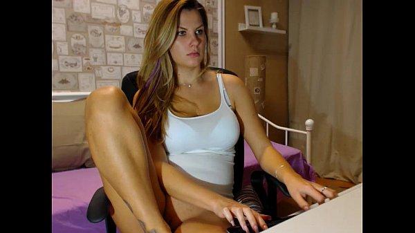 Смотреть онлайн бесплатно секс машины c сарой шивон fuckingmachines with sarah shevon