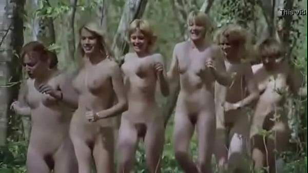 naked girls free running