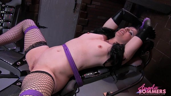 Blonde Eating Pussy Of Tied Up Girl - Xvideoscom-6212