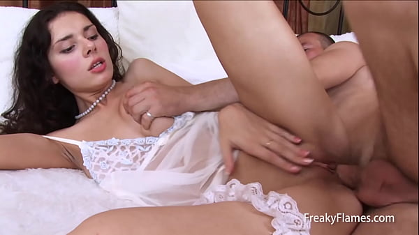 perfect young stepsister getting her ass stuffed with biog