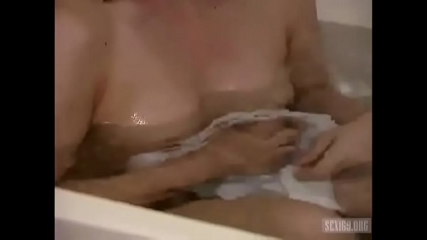 Dude satisfy TS Fernanda Lohanys butthole
