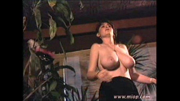 Bouncing boobies boob dance