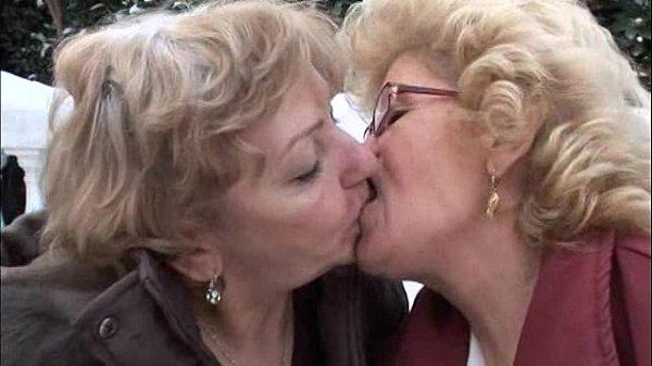 Effie - Lesbian Granny Sex - Xvideoscom-2201