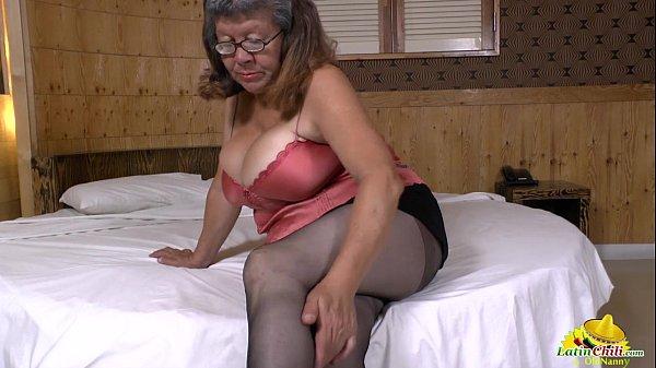 Latinchili mature chubby granny karina toying