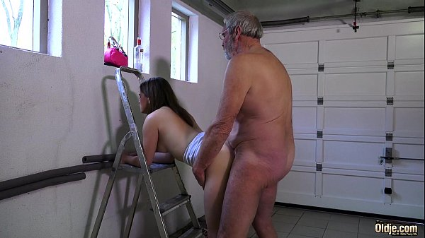 Bearded Big Dick Grandpa Shoving Teeny In Garage - Xvideoscom-5974