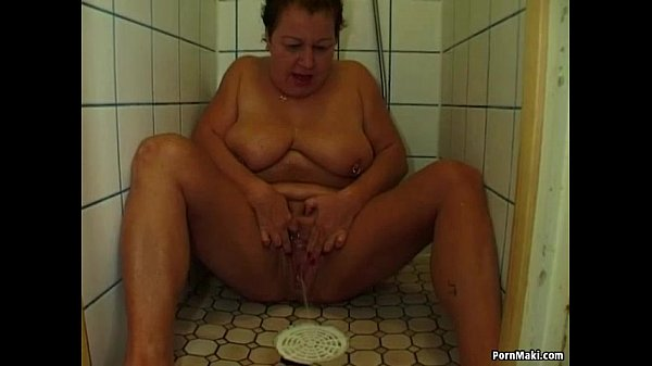 Sexy body free bbw shower porn what