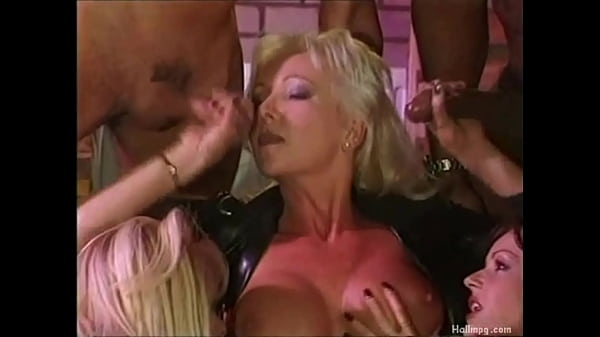 Girl having sex and riding him