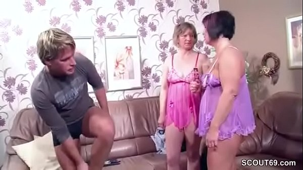 Sexy ebony milf with huge tits