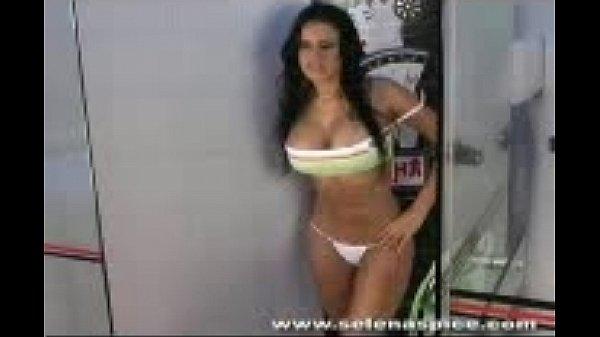 Salma hayek pussy and tits