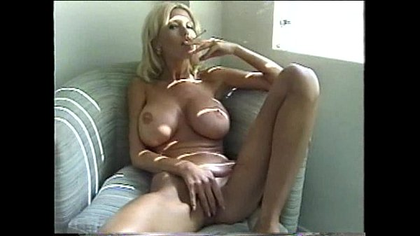 Sexy Blonde Milf Smoking - Xvideoscom-5754