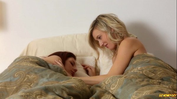 Young Girls Lily Banks And Ashley Molloy Eating Pussy