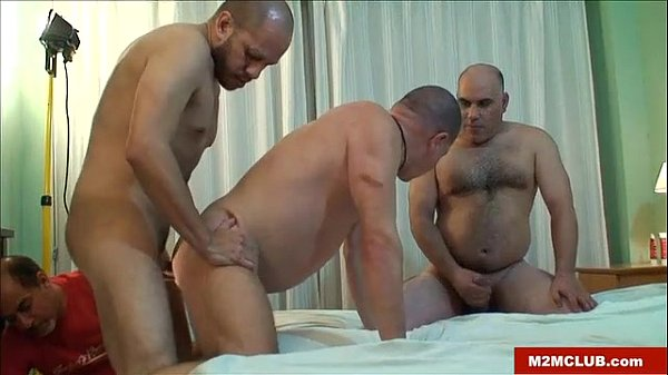 mature gay threesome