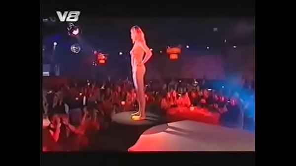 carmen electra nude yoga fucking
