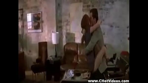 Sexy Jennifer Love Hewitt Scene - Xnxxcom