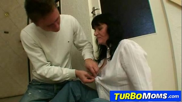 Czech housewife agnes got big naturals and loves young boys 9