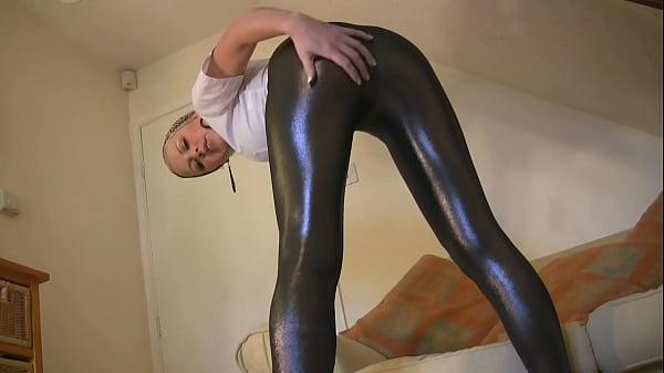 Hot Leggings Dance