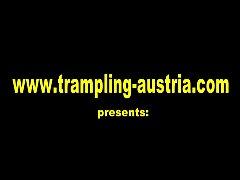 trailer trampling austria
