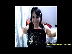 amateur latina milf exposing her body - fatbootycams.com