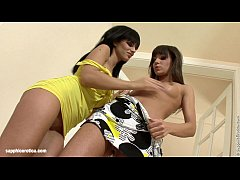 tantalizing vixens by sapphic erotica - lesbian love porn with angelica - aiden