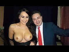 Sofia Neri esce le tette ed il culo per Andrea ...