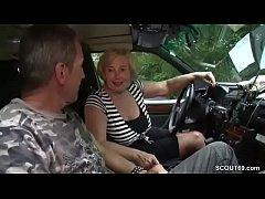 Mutti ist Taxifahrerin und fickt gerne mal mit ...