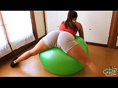 Round Ass Teen Working Out With Fitball Plus Ca...