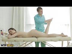 Izi gets massage and good fuck as a bonus