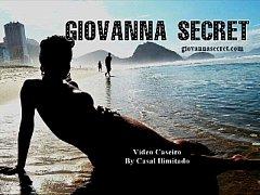 Giovanna Secret com Casal