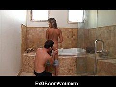 Ερασιτεχνικό ζευγάρι κάνει σεξ στο μπάνιο (5 min)