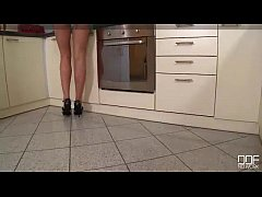 Insanely Hot Nymphomaniac Housewife gets drille...