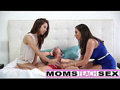 Mother daughter threesome suck and fuck lesson