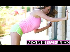 Step mom gives tiny teens a lesson in pussy lic...