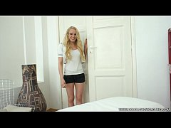 DOUBLEVIEWCASTING.COM - LOLA TAYLOR SQUEEZES HE...