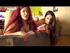 FUN MOVIES Banging horny lesbians