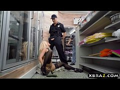 Very horny store customer fucks the cop that go...