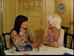 Mature - Veronica Hart and Honey Wilder