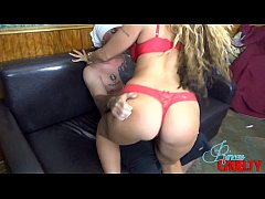 Smothering First Date For Scarlet Stone MILF BI...