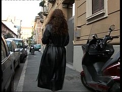 Italian Bitch on the street!!!