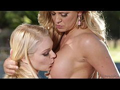 Step-Mother Cherie DeVille and Alli Rae Have Le...