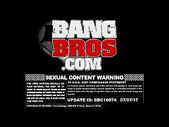 BANGBROS - Alexis Adams Fucks Her Boyfriend Raw...