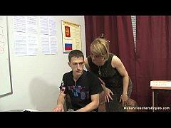 Russian mature teacher 10 - Elise (piano lesson)
