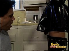 Latex-clad raven-haired harlot bangs her extrem...