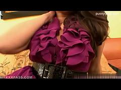 Gorgeous girl asstomouth