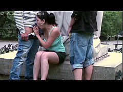 Daring PUBLIC sex threesome by a famous statue ...