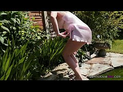Jodie Ellen - Green Wet Fingers - Short Trailer