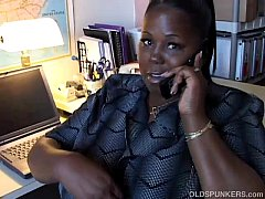 Mature black BBW loves to talk dirty to you on ...